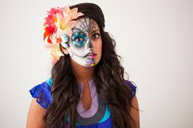 How To Paint A Skeleton Face For Halloween by How To Paint A Sugar Skull U2026 On Your Face Brit Co