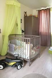 deco chambre vert anis chambre garcon vert et marron idées décoration intérieure farik us
