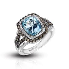 what to do with wedding ring wedding rings wedding ring and band order proper way to wear