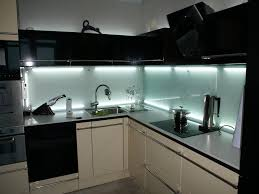 modern kitchens glass backsplash design