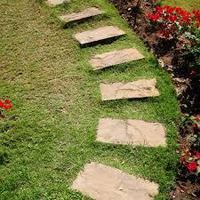 pas japonais en pierre naturelle poser des pas japonais marie claire