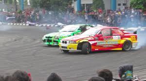 mobil balap keren duel seru mobil drift indonesia gak kalah keren sama drifter luar