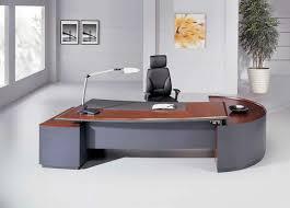 bureau bois foncé le bureau en bois massif est une classique qui ne se démode pas