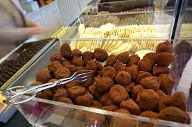 best belgian chocolate in brussels guide for souvenir shoppers