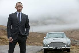 daniel craig trying to bond appeal more to