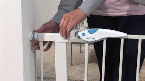Compression Baby Gate Lindam Easy Fit Plus Deluxe Gate How To Use And How To Install