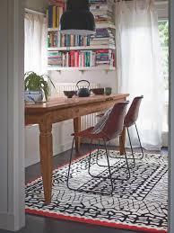 esszimmer teppich teppich unter esstisch grosse möbel ideen und home design