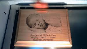 wooden personalized gifts laser engraved wooden baby photo plaque laser gifts