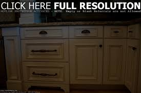 Kitchen Cabinet Drawer Pulls by Kitchen Cabinets U2013 A Brief Shopping Guide