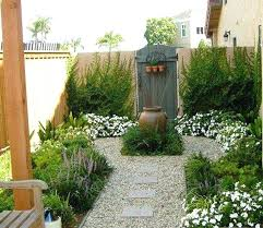 Small Garden Designs Ideas Pictures Courtyard Garden Ideas Small Garden Courtyards Designs Courtyard