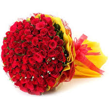 flowers bouquet 100 roses online flowers and bouquet delivery in pune 299