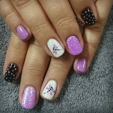 purple black and white nails with dragonfly nail art http hubz