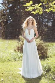 vintage style wedding gowns on a busget rustic wedding chic