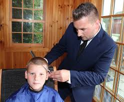 bringing haircuts to you doorbell barbers makes house calls the