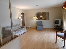 Birch Laminate Flooring 1006 W Birch Ave Milwaukee Wi 53209 Mls 1527377 Movoto Com