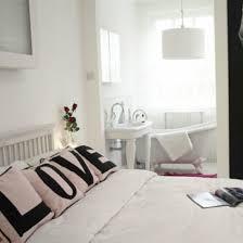 deko schlafzimmer gestalten sie eine romantische schlafzimmer deko zum valentinstag