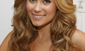 shoulder length hairstyke oval face medium length curly hairstyles for oval faces en flower