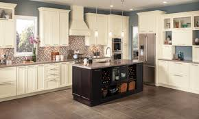 kitchen shenandoah cabinets lowes maple cabinets lowes shaker