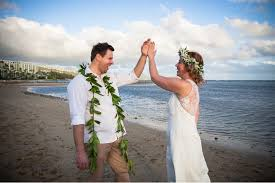 hawaiian weddings i do hawaiian weddings marriage in paradise hawaii wedding