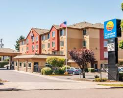 Comfort Inn Suites Airport And Expo Comfort Inn U0026 Suites Portland Airport 5019 Ne 102nd Ave 102nd Ave