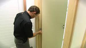 comment poser une porte de chambre energysaver roger français