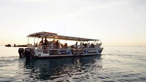 adventure moreton island tangalooma clear kayak tour