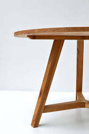 Round Dining Table Oak Best 25 Round Oak Dining Table Ideas On Pinterest Round Dining