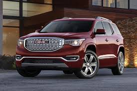 2012 Gmc Acadia Interior 2016 Vs 2017 Gmc Acadia What U0027s The Difference Autotrader
