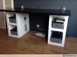 pieds bureau ikea bureau ikea plateau noir deux blocs étagères comme pieds a
