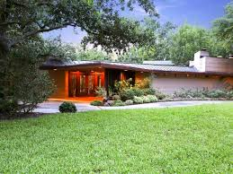 frank lloyd wright style home plans awesome one floor home design features concrete house with metal