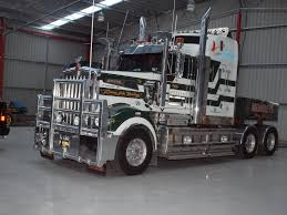 kw t900 kenworth t904 owned by membrey u0027s transport and crane hire this