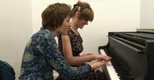 Blind Piano Player Blind Pianist U2013 Rachel Starritt Cardiff News Plus