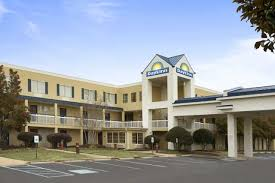 Red Roof Inn In Chattanooga Tn by Hotels In Cleveland Tennessee Cleveland Wyndham Rewards Hotels