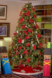 Where To Buy Bookshelves by Decorating Appealing Balsam Hill Christmas Trees For Exciting