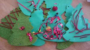 how to make a christmas tree garland fun craft for children