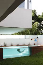 Swimming Pool In Backyard by See Through Swimming Pools Reveal A World Full Of Surprises
