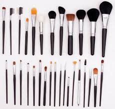 crown brush has the best makeup brushes and they are crazy affordable used by pro s