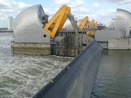 thames barrier failure giant tidal control gates and walls shivaji competition 2016