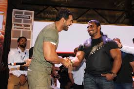 john abraham graces body power expo in mumbai