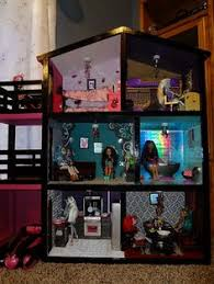 Modistamodesta Another Large Barbie House by How To Build A Barbie Doll House Out Of Wood Google Search