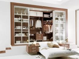 dressing dans une chambre déco chambre armoire ou dressing à vous de choisir