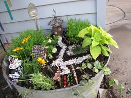 Pinterest Fairy Gardens Ideas by Images Of Fairy Gardens Fancilicious Fairylands The Mother Of