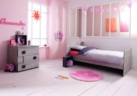 chambre fille 9 ans deco chambre fille 2 ans attrayant chambre garcon 2 ans table