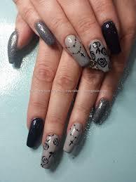 gray nails with black rose flowers nail art black and grey nail