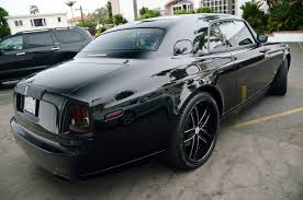 customized rolls royce carbon fiber rolls royce phantom coupe extravaganzi