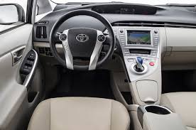 toyota prius car 2013 toyota prius four test motor trend