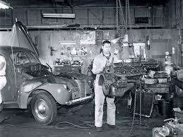 hrxs 1110w vintage garage scenes 04 jpg 1600 1200 rod cars