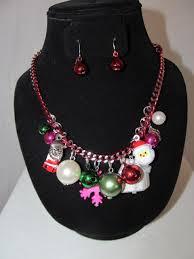 ornament necklace decore