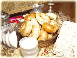 overnight gift baskets order ny bagels and bialys buns and custom gift baskets like