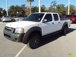 nissan frontier xe 2006 2003 avalanche white nissan frontier xe v6 crew cab 25964875